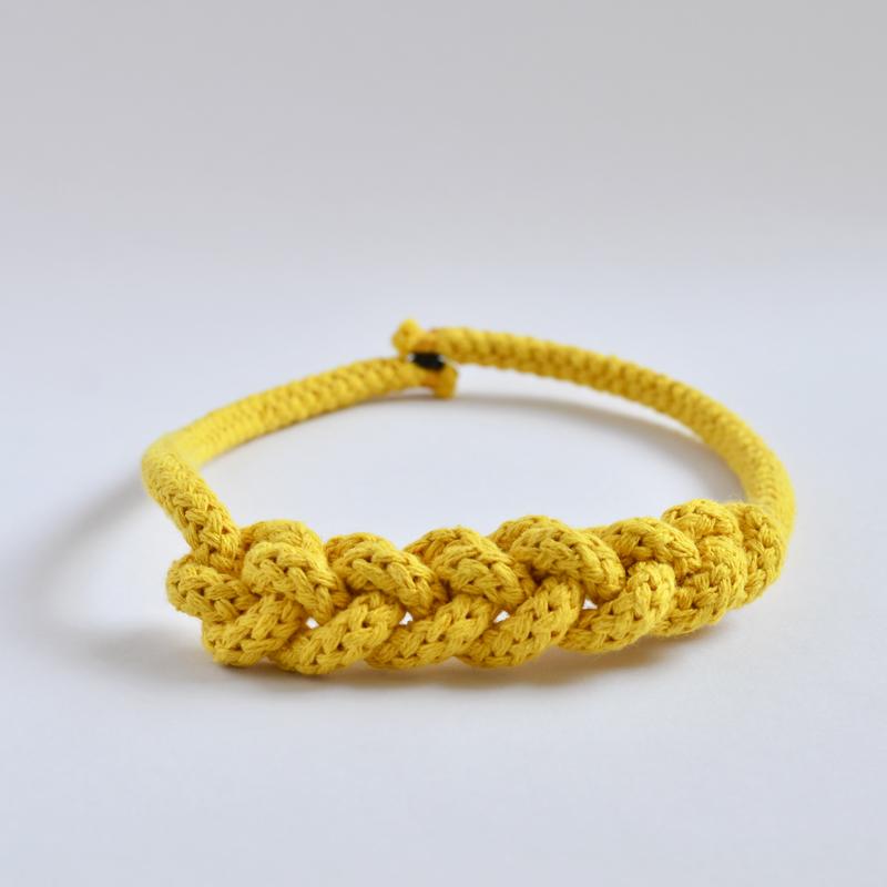Riesenhäkelkette gelb